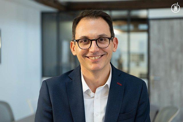 Rencontrez Romain, Executive Leader - Fashion Data