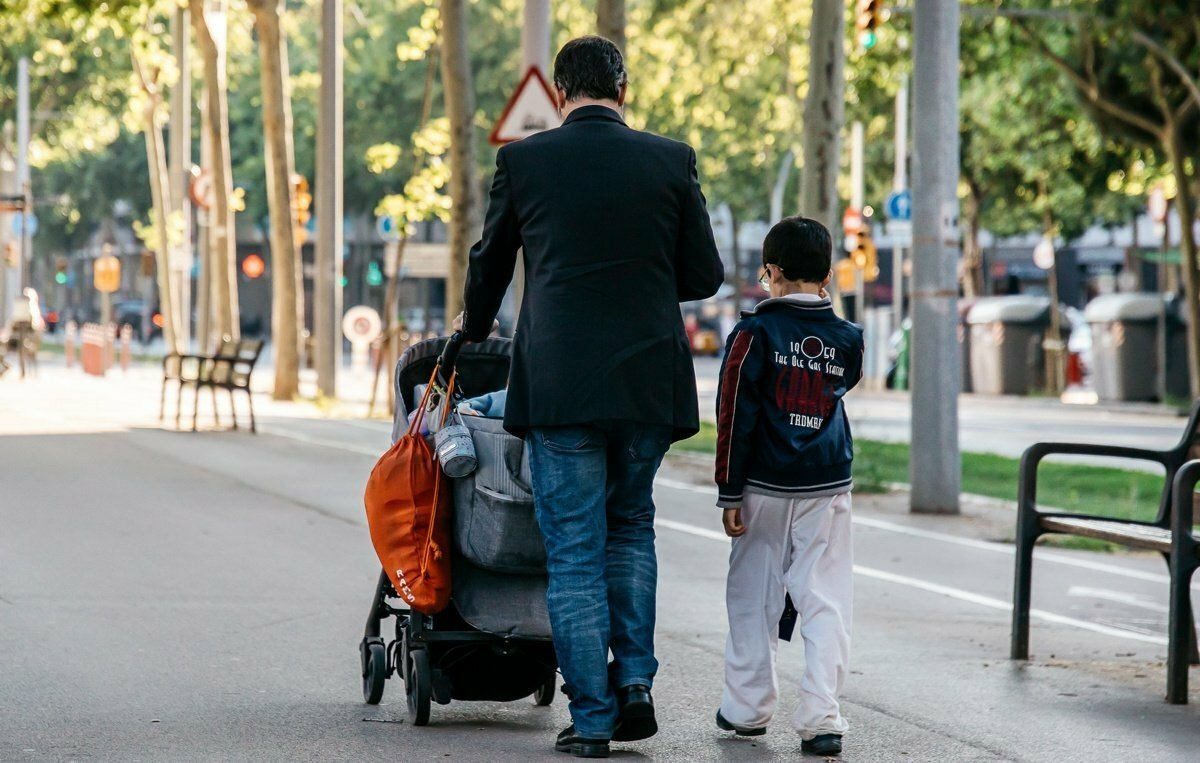 France doubles paid paternity leave to 28 days