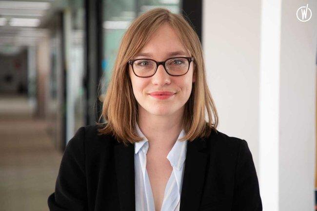 Rencontrez Justine, Manager - Alixio Change Management