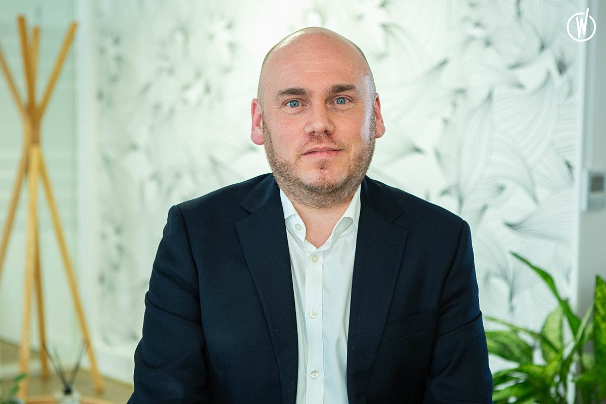 Rencontrez Eric, Senior Manager Data - Cenova