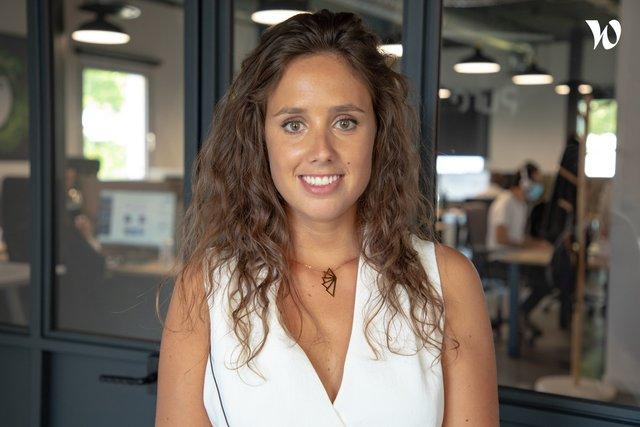 Rencontrez Sonia, Chef de projet - Agence Pure Illusion