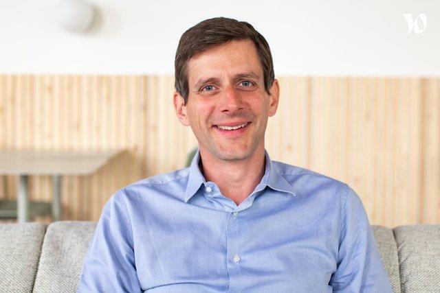 Rencontrez Arnaud, Directeur Sales PS - Qare