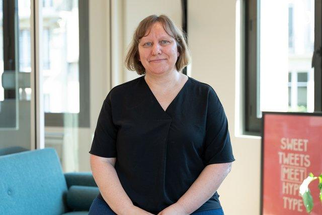 Discover Stéphanie, Head of People, Finance & Admin - mojo