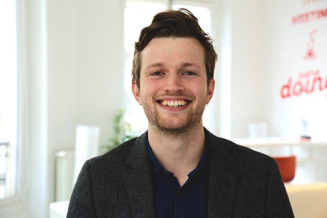 Rencontrez  Alex, Marketing Manager - Facelift France