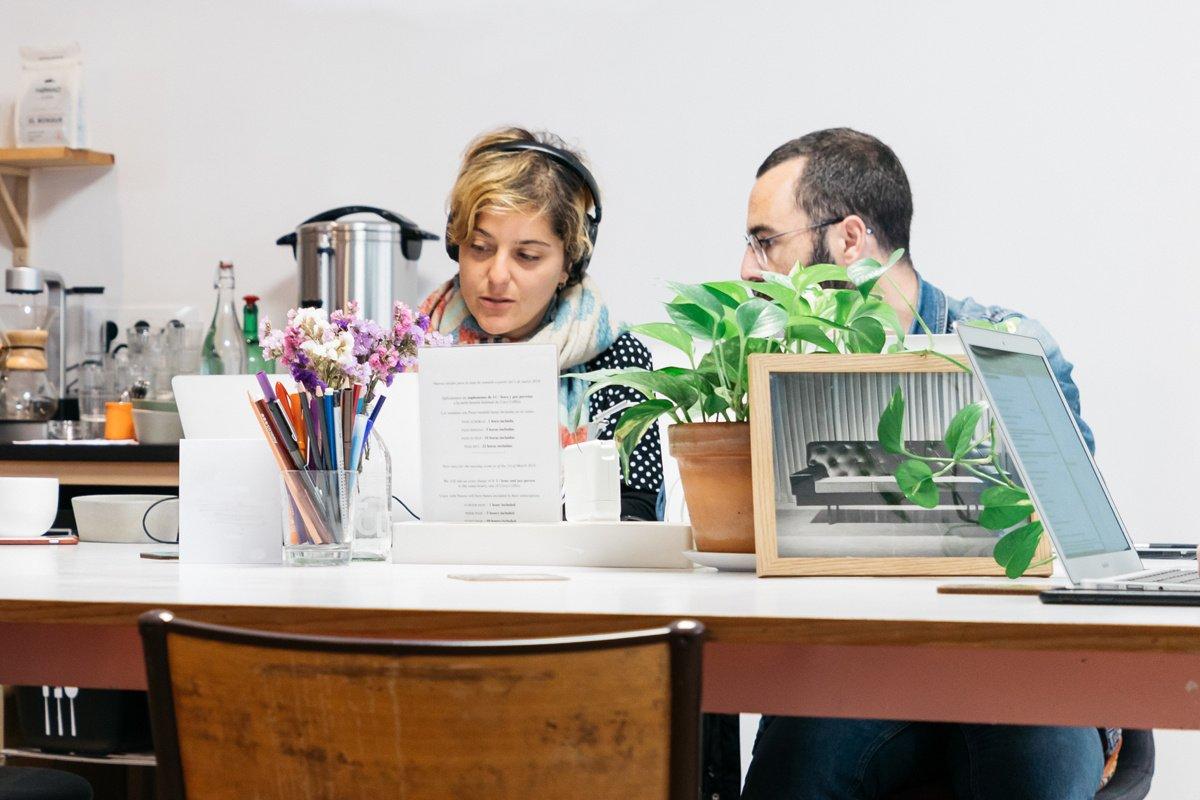 Managers : comment faire un feedback négatif à un collègue proche