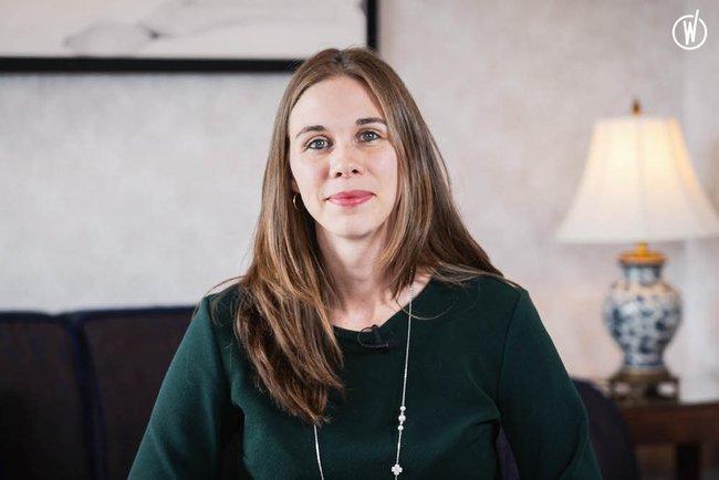 Rencontrez Emilie, Directrice des Talents Groupe - Barrière