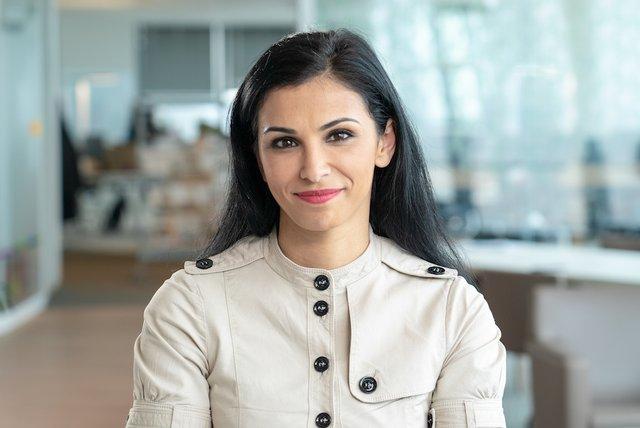 Rencontrez Sanaa, Responsable de la stratégie d'acquisition de Talents - ENGIE Groupe