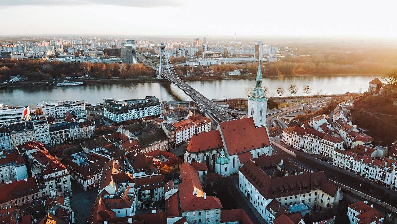 Práce v Bratislavě