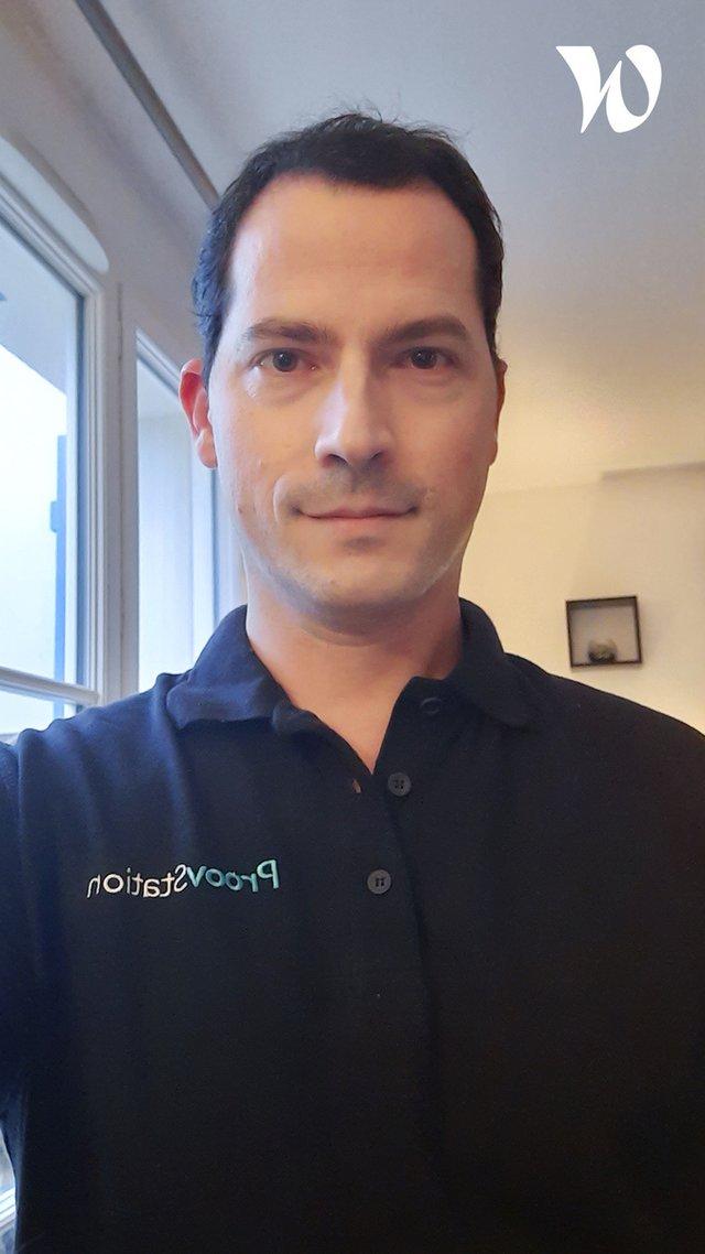 Rencontrez Cédric, AI Manager - ProovStation