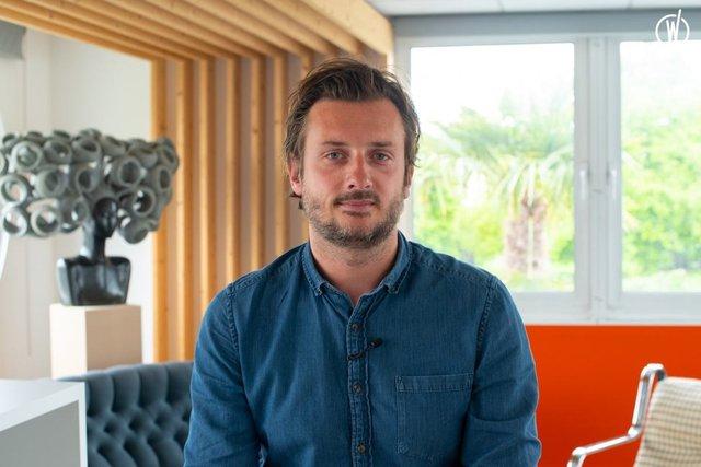 Rencontrez Grégory, Directeur Commercial - Innovaxe
