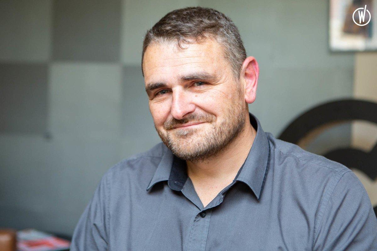 Rencontrez Thierry, CEO - Café Frappé