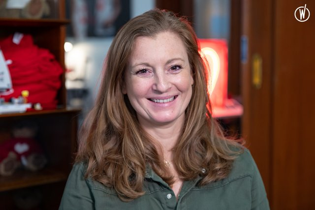 Rencontrez Stéphanie, Chef de projet communication et événementiel - Mécénat Chirurgie Cardiaque