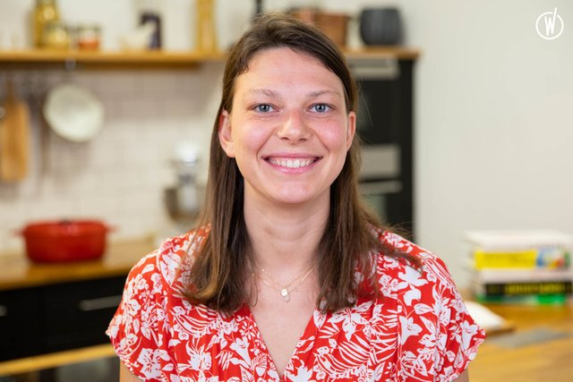 Rencontrez Lauretta, CMO - Les Commis