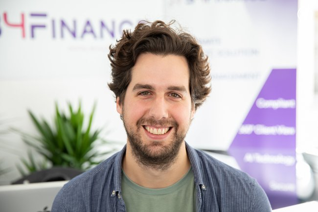 Rencontrez Hippolyte, Sales Manager - B4Finance