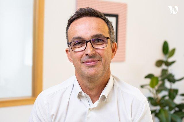 Rencontrez Laurent, Ingénieur Consultant - Dix Septembre