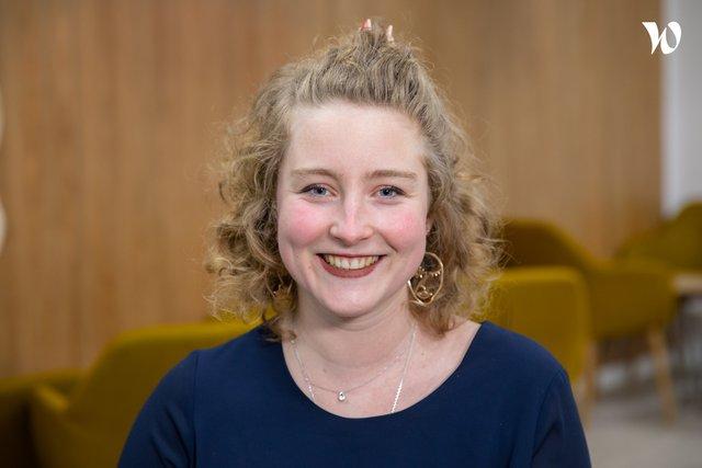 Rencontrez Amélie, Responsable du campus de Lyon - Groupe GEMA - ESI Business School & IA School