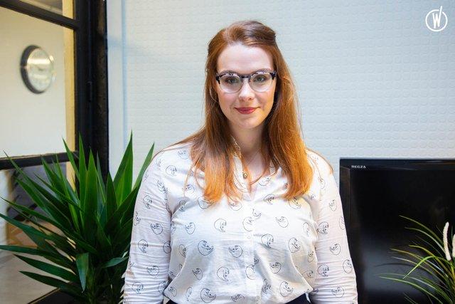 Rencontrez Aline, Designer Retail  - Intangibles Assets Design
