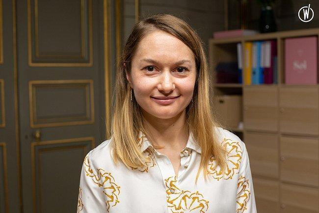 Rencontrez Liubov, Conseillère de vente - Soi Paris
