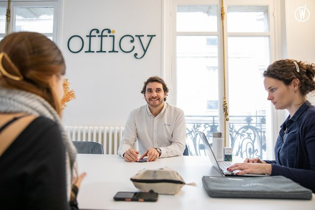 Officy