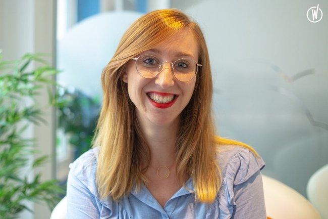 Rencontrez Anne Sophie, Sales Manager - Facelift France