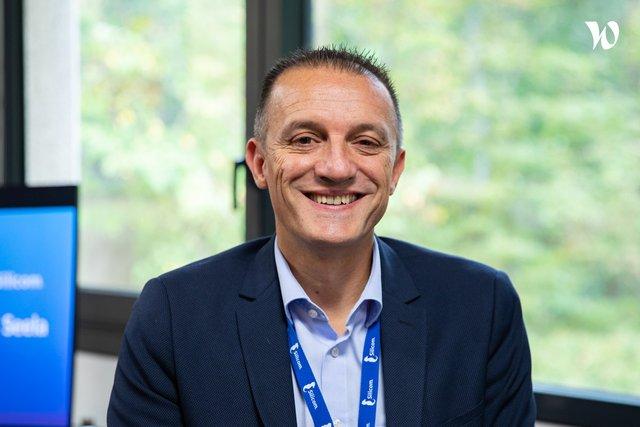 Rencontrez Gilles, Directeur des opérations - Silicom