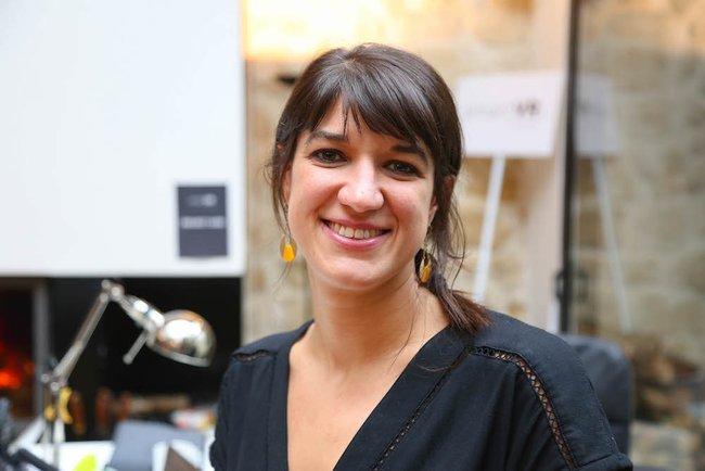 Rencontrez Sarah, Directrice commerciale - EVA  - esport virtual arenas