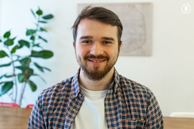 Rencontrez Constantin, Développeur Front End - Sooyoos