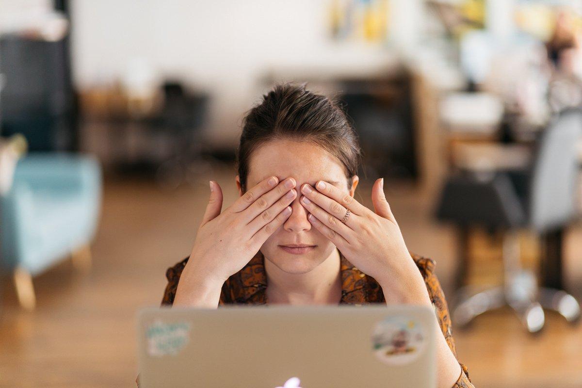 Près d'un salarié sur quatre s'autocensure au travail