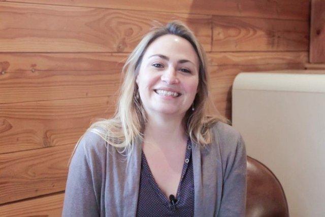 Rencontrez Céline, Directrice de Groupe Régional - Huttopia