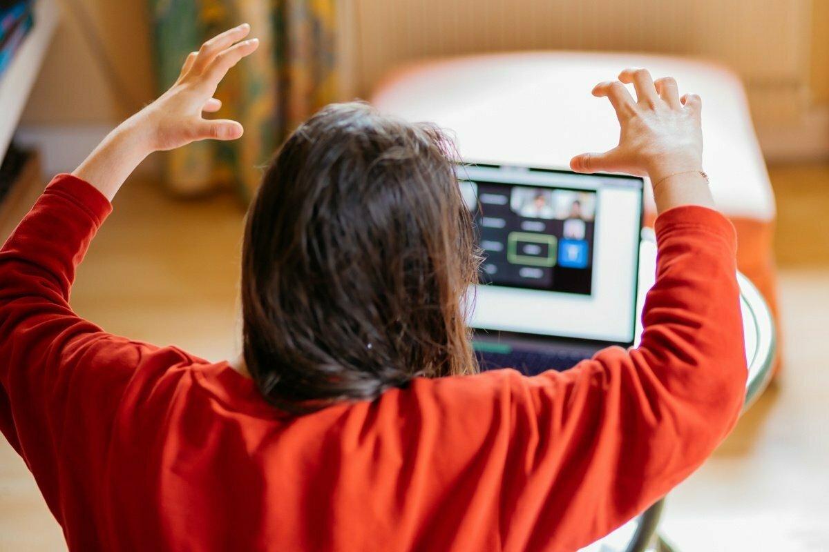 9 extrémních typů vedoucích při nucené práci z domova