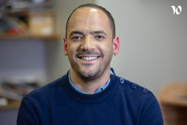 Rencontrez Julien, Directeur adjoint d'établissement - Les Papillons Blancs de la Colline