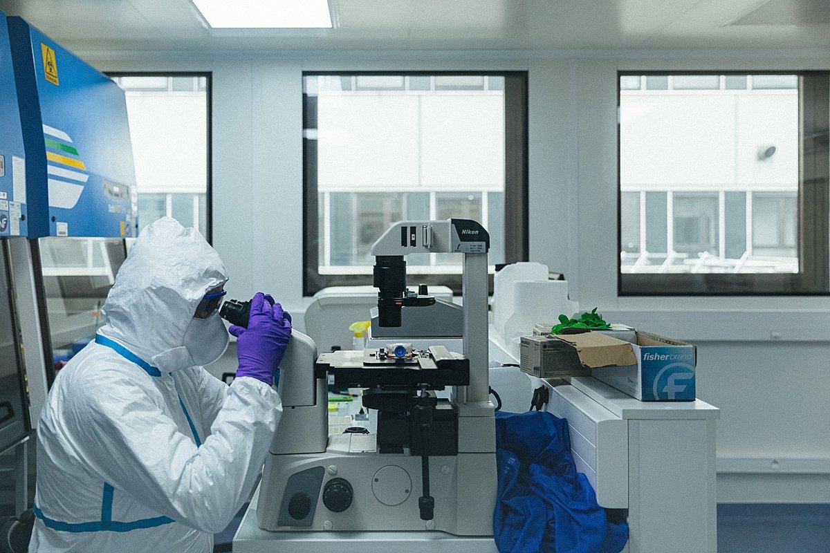 O koronaviru na rovinu: svědectví výzkumníka