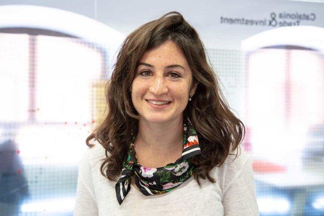 Conoce a Denise, PR & Social Media - UNIQ Ventures
