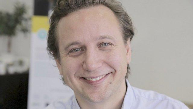 Rencontrez Frédéric, Co-fondateur & CEO  - AlumnForce - Alumni Success Platform