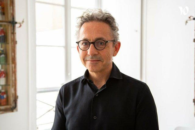 Rencontrez Thomas, Directeur Associé de R3 Imagin/able - R3 Group