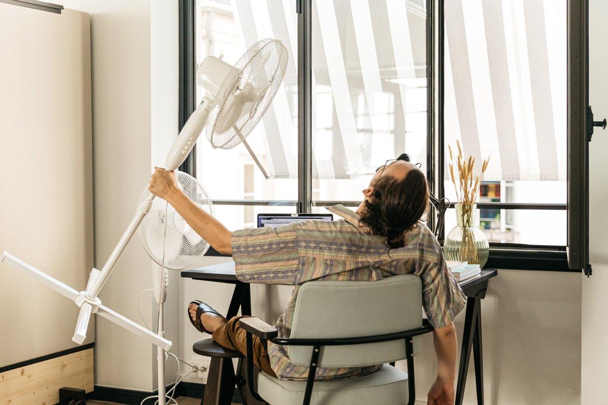 Chaleur au bureau : 8 technique de survie