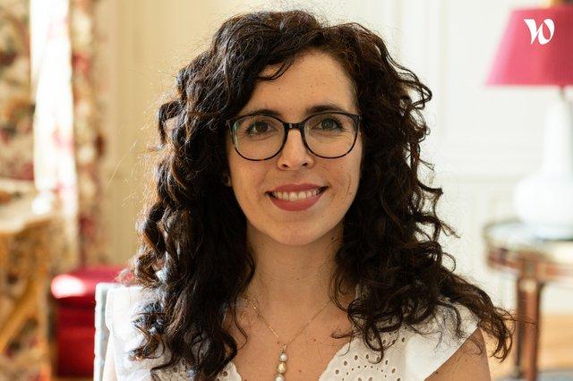 Rencontrez Coralie, Responsable des opérations et de la relation clients - Maison Bloom