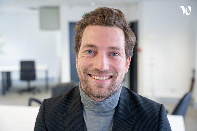 Rencontrez Edouard, Manager - Conseiller Immobilier - Vendmy