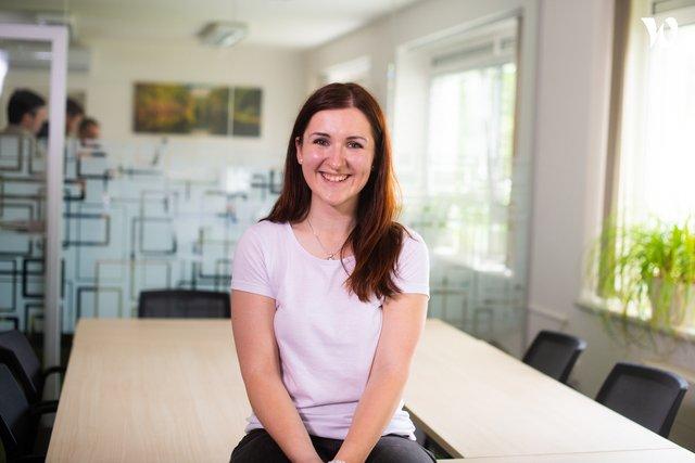 Seznam se s Julií, Technicko-obchodním zástupcem - IFRAMIX