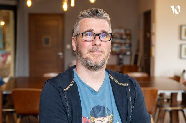Rencontrez Damien, Dev fullstack senior - Front-Commerce