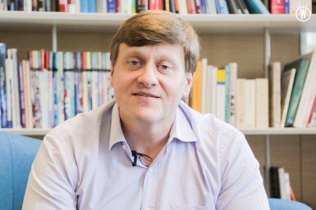 Rencontrez Stéphane, Directeur - Orphoz, a McKinsey Company