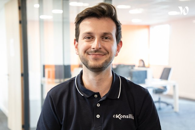 Meet Oscar, Project Manager - eKonsilio