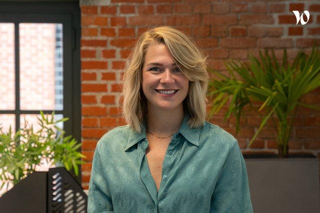 Rencontrez Julie, Content Marketing Lead - Wooclap