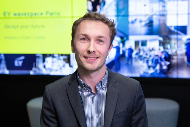 Rencontrez Charles, Consultant Performance et Transformation - EY