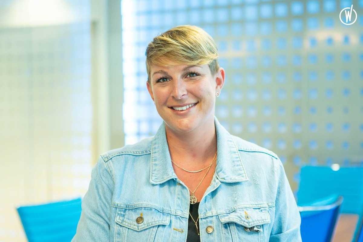 Rencontrez Julie, Service Manager - KDS