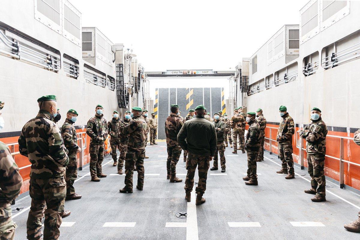 Quand la pandémie accélère la vocation des jeunes pour l'armée