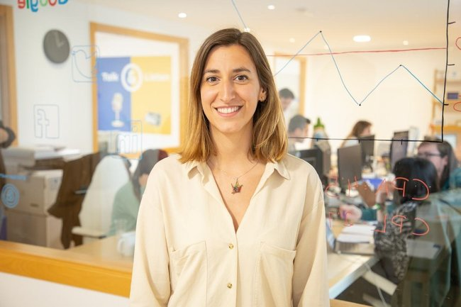 Conoce a Cristina, CMO - Wired & Linked
