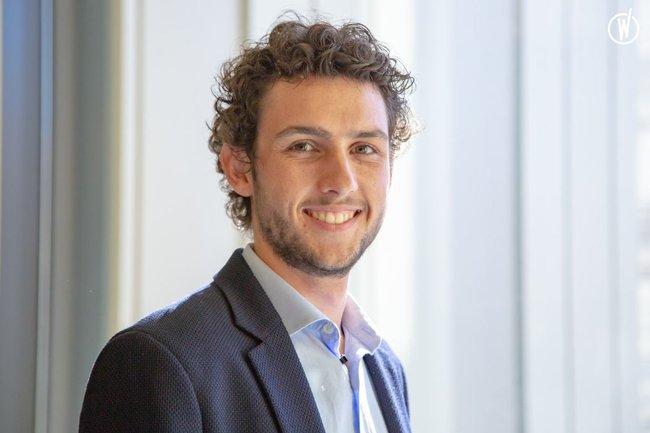 Rencontrez Emmanuel, Consultant - Orphoz, a McKinsey Company
