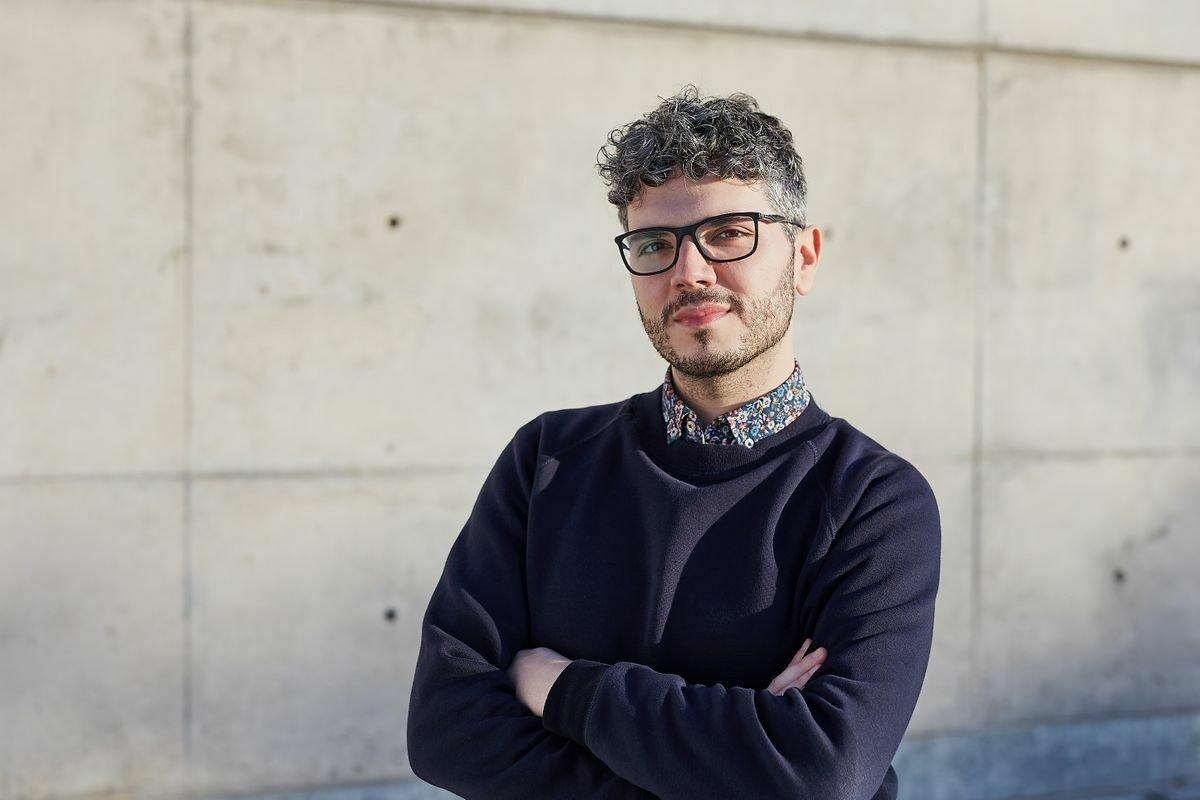 Rubén Serrano: del periodismo al activismo 'queer'