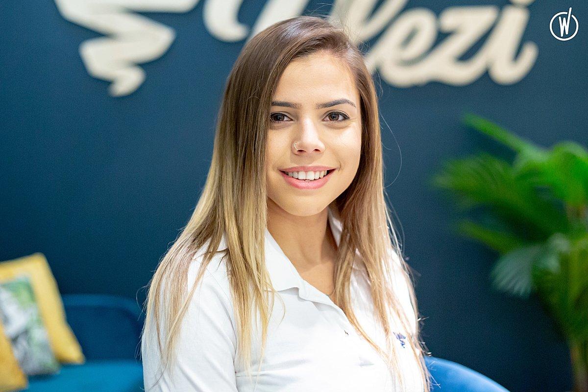 Rencontrez Claire, Sales Manager  - Plezi